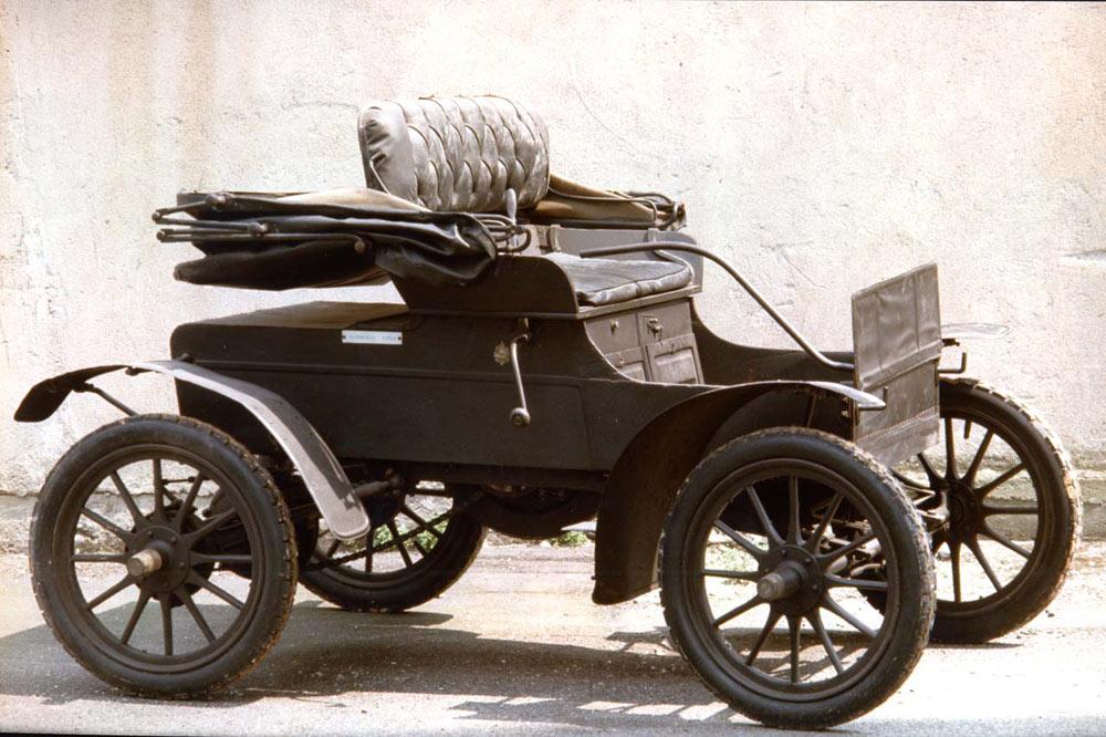La prima automobile