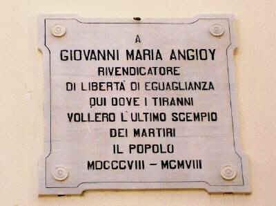 In ricordo dei martiri della Rivoluzione sarda di fine '700.Palazzo d'Usini in Piazza Tola a Sassari