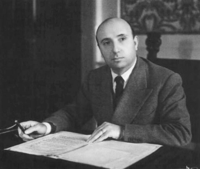 Mario_Scelba_1947