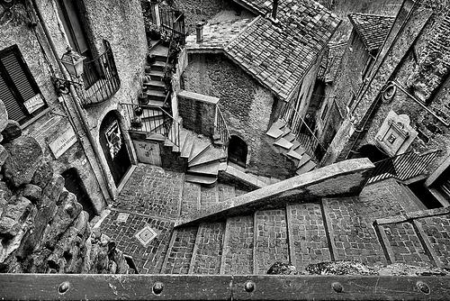 Vito Romano, le scale di Escher