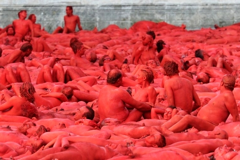 monaco-rossi-nudi-spencer-tunick