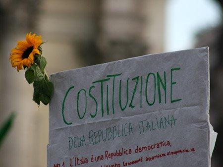 costituzione-della-repubblica-italiana_eos-30d_43082 - Copia