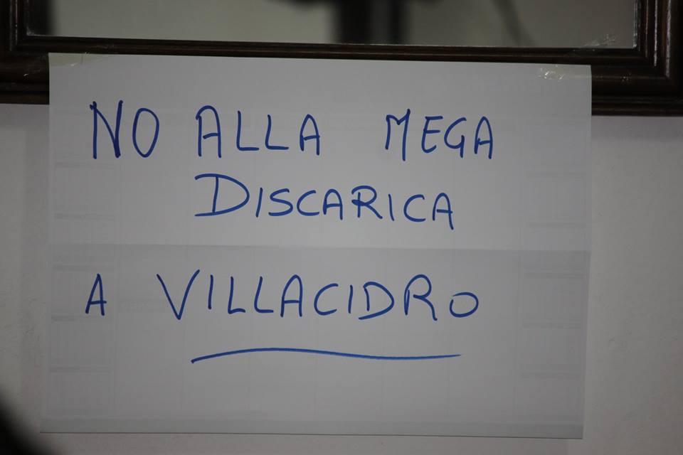2015-11-02-no-mega-discarica-villacidro
