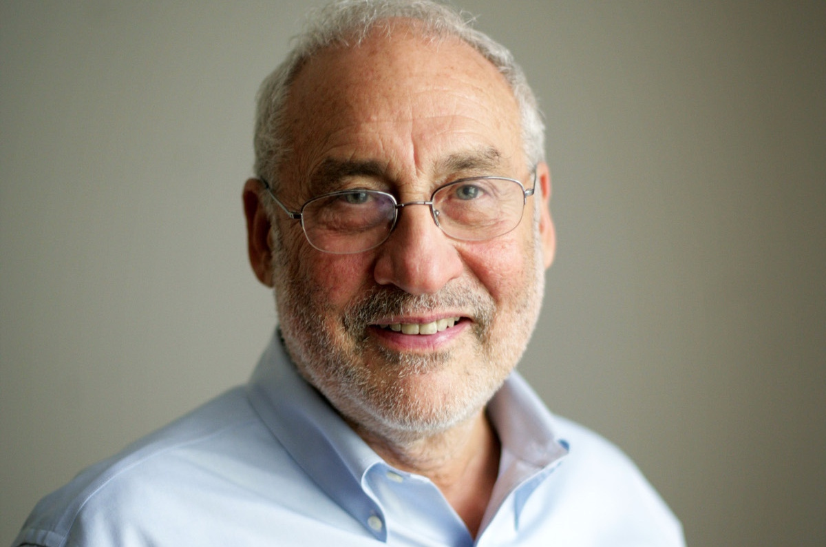 Joseph Eugene Stiglitz (Gary, 9 febbraio 1943)