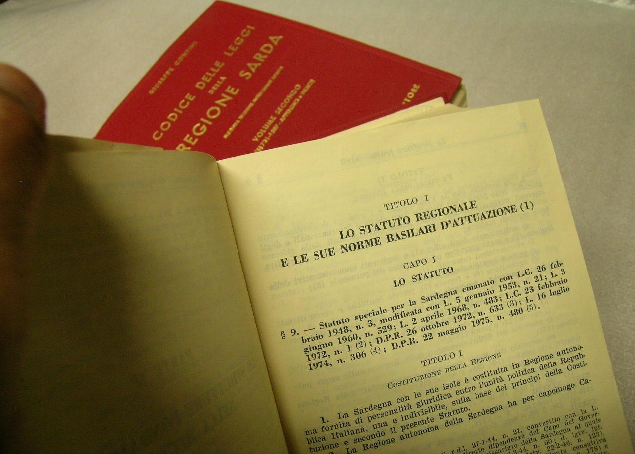 3ac1167ca993 Il sogno ingenuo della riscrittura dello Statuto Speciale Sardo - Il ...
